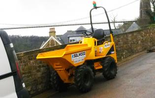 Selwood supplied a one-tonne Thwaites dumper to JG Francis