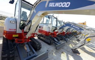 Selwood plant hire