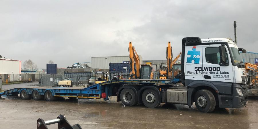 Plant specialists at Selwood's Sittingbourne branch in Kent have added new excavators, telehandlers and a new Mercedes low loader to the fleet